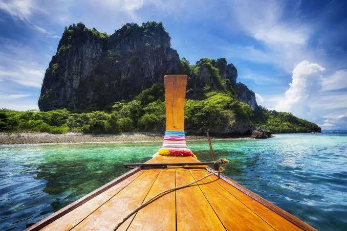 Phuket Free n Easy Package